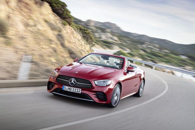 Mercedes E-Klasse: Facelift für Coupé/Cabriolet  - Neue Schminke, Helfer und Motoren