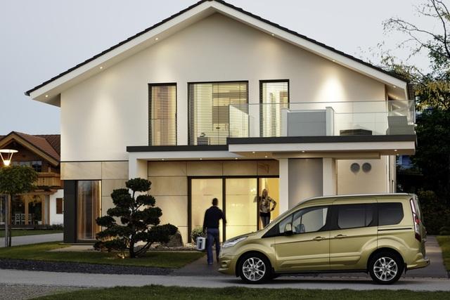Ford Tourneo Connect - Vielseitiger Familien-Versteher (Kurzfassung)