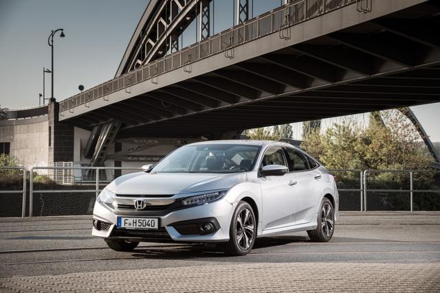 Fahrbericht: Honda Civic Viertürer - Stufenheck ohne Stufe
