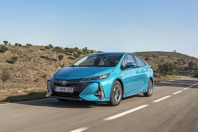 Toyota-Pläne für alternative Antriebe  - 5,5 Millionen in 2030