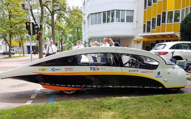 Solarauto Stella Vie  - Der Sonne entgegen