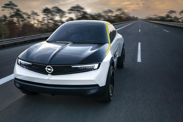 Konzeptfahrzeug GT X Experimental - So sieht die Opel-Zukunft aus
