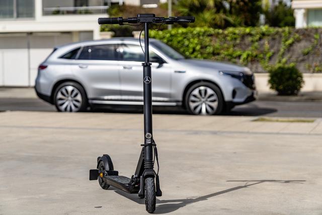 Mercedes eScooter  - Robust auf der letzten Meile