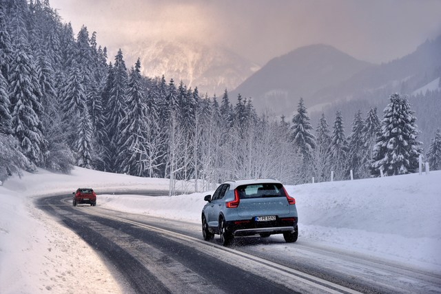 Ratgeber: Bußgelder bei Schnee und Eis  - Reifenwechsel-Faulheit kann teuer werden