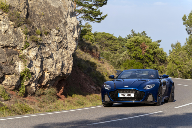 Fahrbericht: Aston Martin DBS Superleggera Volante - Some like it hot!