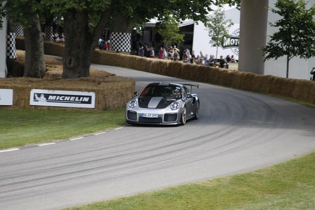 Weltpremiere: Porsche 911 GT2 RS - Heiß wie Frittenfett