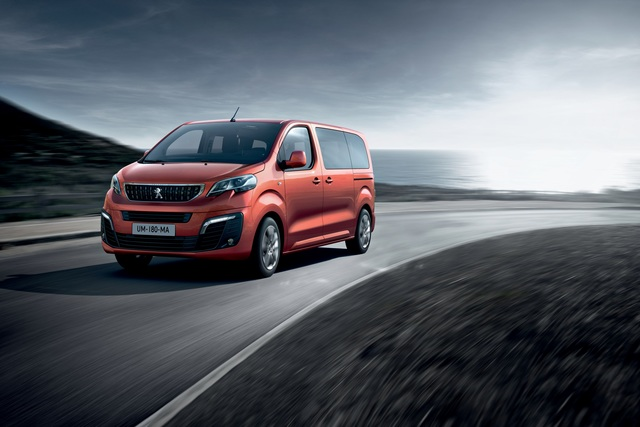 Citroën Spacetourer Business Lounge und Peugeot Traveller Business VIP - Brüder fürs Geschäft