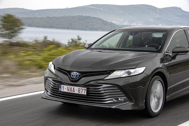 Fahrbericht: Toyota Camry - Hallo, Taxi!