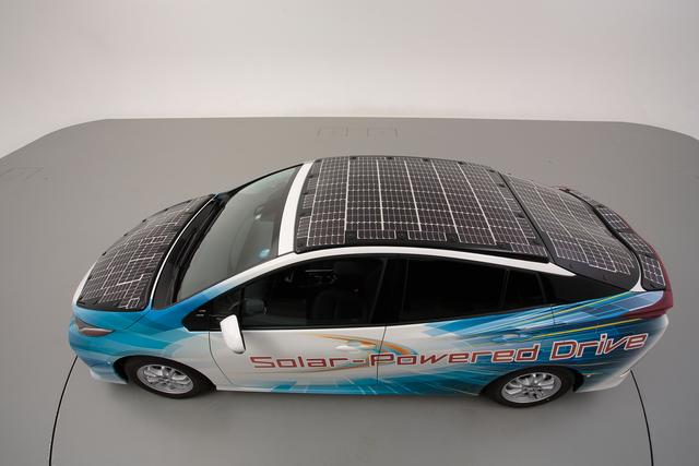 Toyota testet Solarauto - Der Prius tankt Sonne