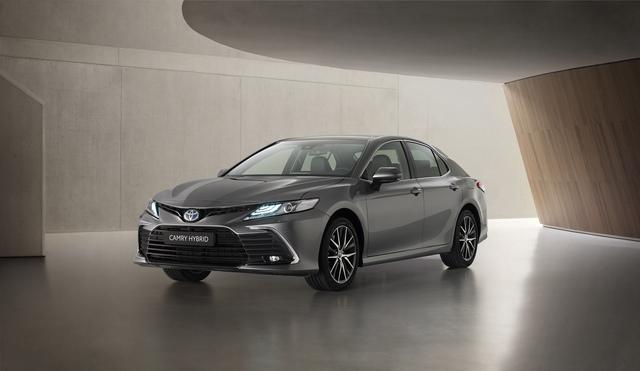 Toyota Camry überarbeitet - Mehr Sicherheit und Konnektitvität