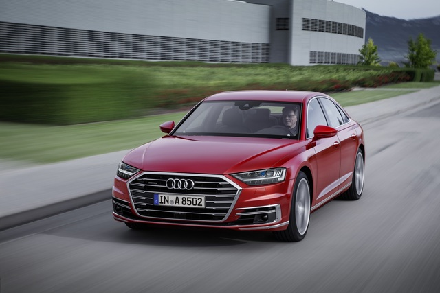 Audi A8  - Basis-Diesel für 90.600 Euro