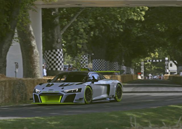 Audi R8 LMS GT2 - Frühstart in die Zukunft