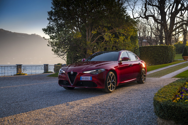 """Fahrbericht: Alfa Romeo Giulia """"GT Junior"""" und """"6C Villa d'Este"""" - Ein bisschen exklusiver"""