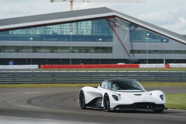 Aston Martin Valhalla  - Erste Details zum neuen V6