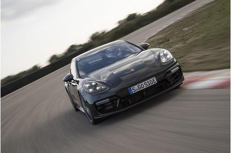 Porsche Panamera Turbo S E-Hybrid - Janusgesicht