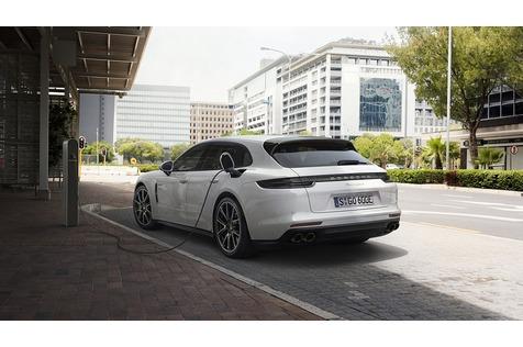 Porsche Panamera Sport Turismo - Rucksackrenner