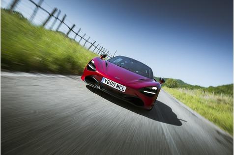 McLaren greift an - Zielgerade