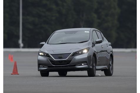 Nissan Leaf II - Massenbewegung