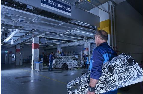 Zu Besuch in der BMW Tarnwerkstatt - Zutritt verboten!