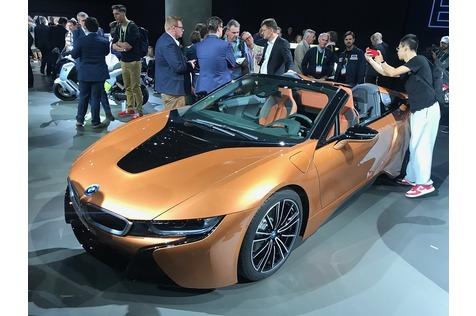 BMW i8 Roadster - Aufreißer