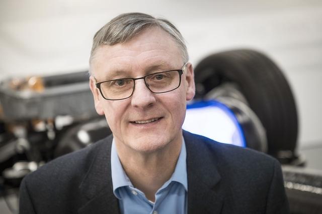 Christian Mohrdieck zur Brennstoffzelle - Batterie und Brennstoffzelle bilden eine Symbiose