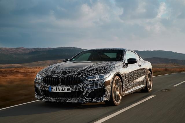 So fährt der BMW 8er - Kampf-Bayer