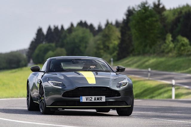 Aston Martin DB11 AMR - Auf großer Fahrt