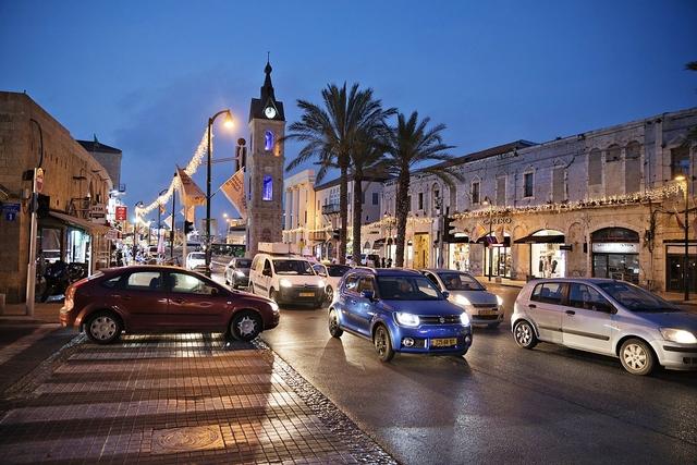 Automarkt Israel - Auf den Straßen von Tel Aviv