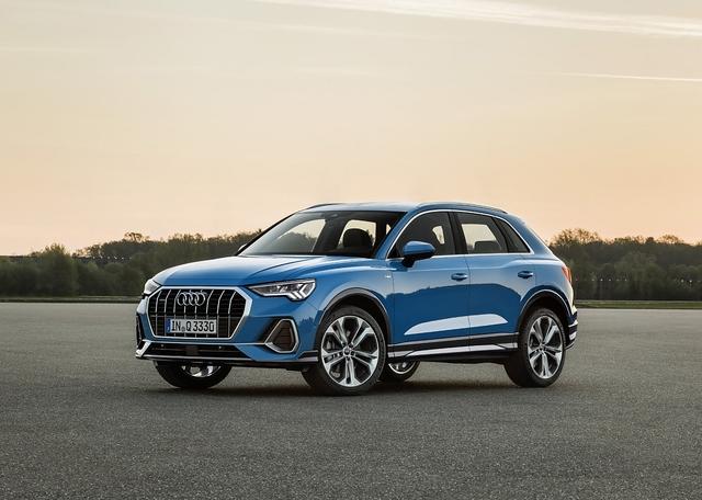 Audi Q3 2019 - Kante zeigen
