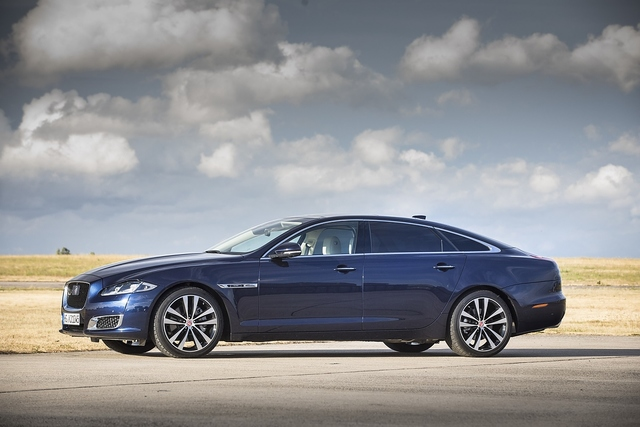 Jaguar XJ50 30d LWB - Happy Birthday