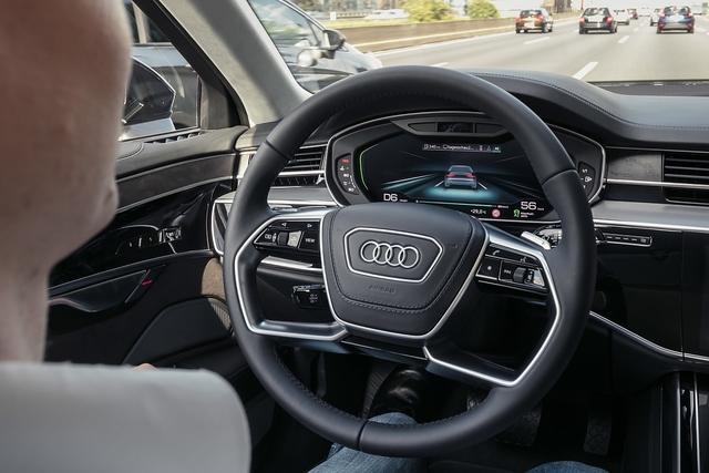 Haben die Europäer einen Wettbewerbsnachteil beim autonomen Fahren? - Heißes Eisen