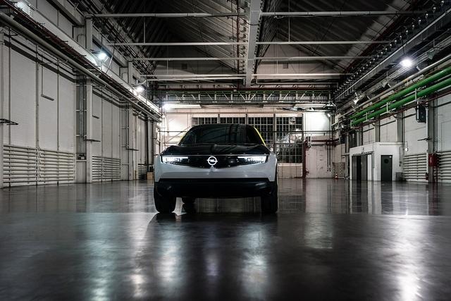 So fährt der Opel GT X Experimental - Neue Schlichtheit