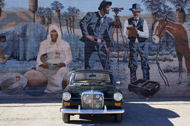Mercedes 230 - die kleine Heckflosse - Auf Amerikas Spuren