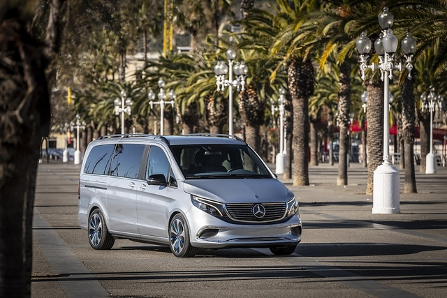 Erste Fahrt im Mercedes EQ V - Liebling der Shuttlefahrer