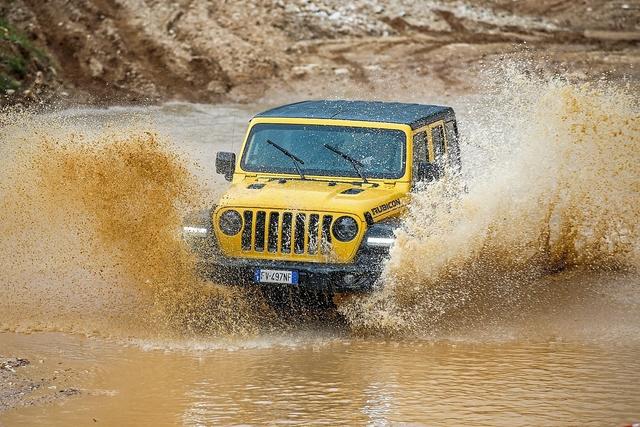 Jeep Wrangler 2.0 T-GDI - 4 x 4 x 4