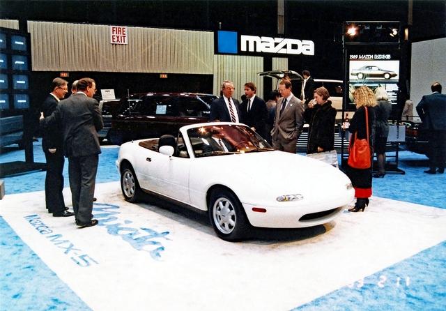 Mazda MX-5 NA - Aufgehende Sonne