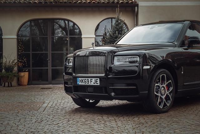 Fahrbericht: Rolls-Royce Cullinan Black Badge - Sternenhimmel