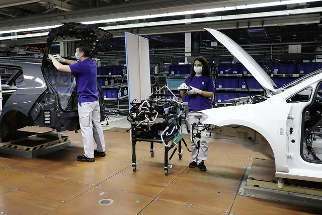 Weltweite Autoproduktion läuft wieder an - Es geht wieder los