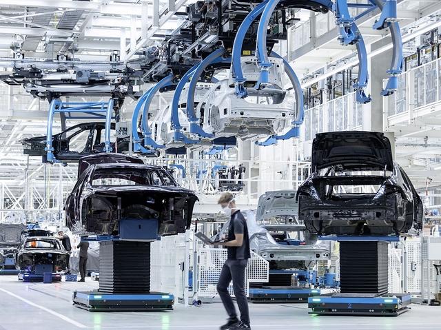 Factory 56 - die Autofabrik der Zukunft - Schwäbischer Gegenentwurf