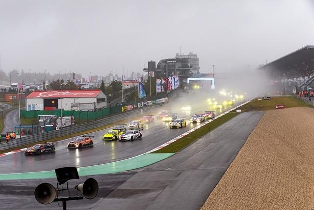 48. 24 h Rennen Nürburgring 2020 - Bayrische Regenspiele