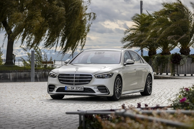Mercedes S 580 4matic - Applaus auf offener Szene