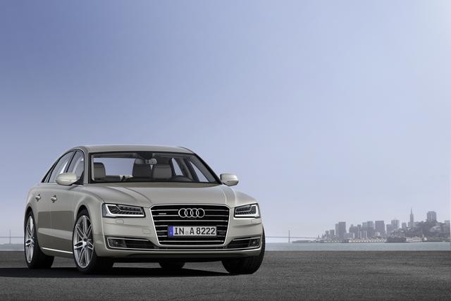 Audi A8 - Aufgehellt