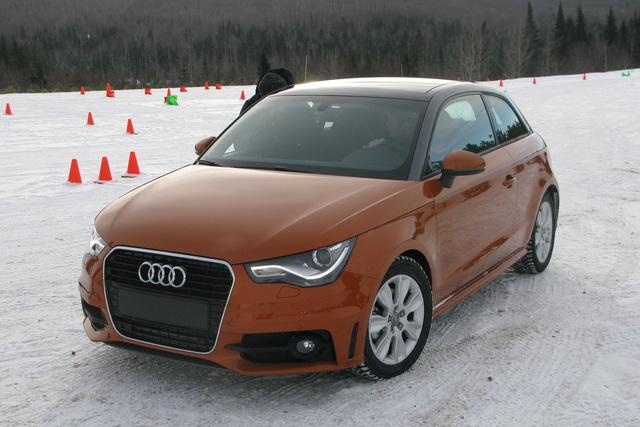 Audis Kleinster trainiert - Der S1 ist als Prototyp unterwegs
