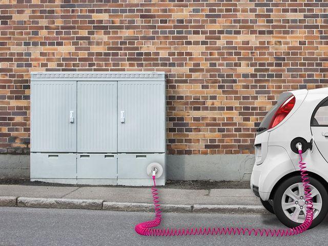 Telekom baut E-Auto-Ladenetz - Verteilerkästen zu Stromtankstellen