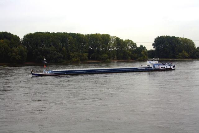 Binnenschifffahrt 2016 - Niedriger Rheinpegel störte Transitverkehr