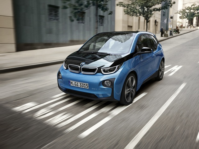 bmw i3 theoretisch 300 kilometer. Black Bedroom Furniture Sets. Home Design Ideas
