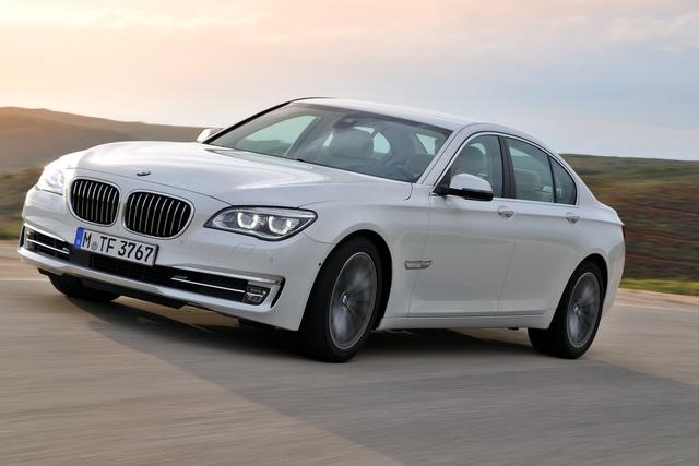 BMW 7er Facelift - Verfeinert sparen (Vorabbericht)