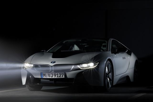 BMW i8 - Leuchtendes Beispiel (Vorabbericht)