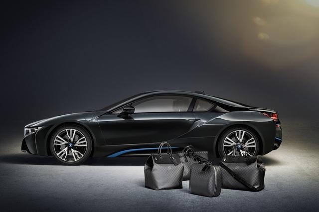 Gepäckset für den BMW i8 - Französisches Design im bayerischen Revolutionär