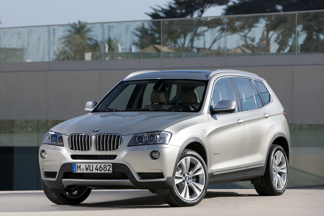 BMW X3 - Runderneuert in Paris